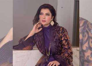 أصالة أنيقة بفستان لـ نيكولا جبران بحفل زفاف.. ناقد أزياء لبناني: «بعد عشرات الإطلالات الكارثية»
