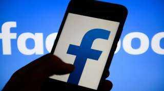 هيئة ألمانية لحماية المنافسة تفحص خطط فيسبوك للاستحواذ على الشركة الناشئة كوستومر