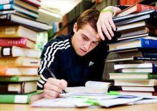 لطلاب الثانوية العامة.. نصائح للبقاء مستيقظا خلال المذاكرة ليلا
